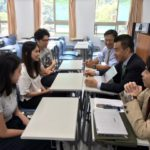台湾の台北市内の大学で、進路相談会 (3/28)
