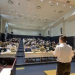 専門学校で奨学金セミナー開催 (8/27)